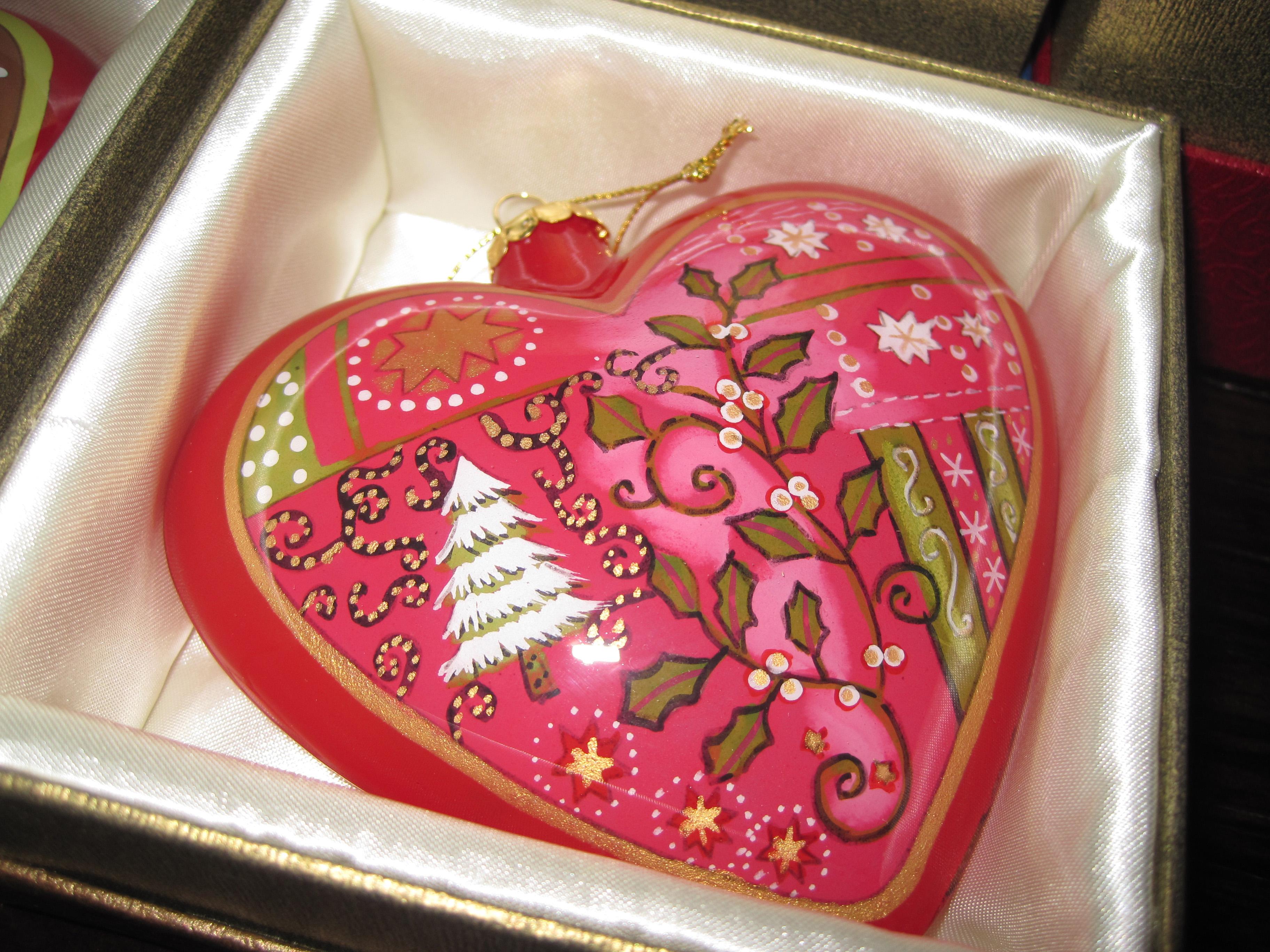 Pier 1 Li Bien Heart Ornament 2004 Reissue